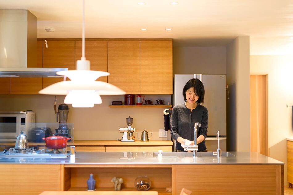 木の家|福岡の新築建築事例|2階建|4LDK|キッチン|エコワークス|CASE-16|内観04