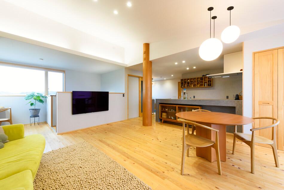 木の家|福岡の新築建築事例|2階建|4LDK|リビング|エコワークス|CASE-18|内観03