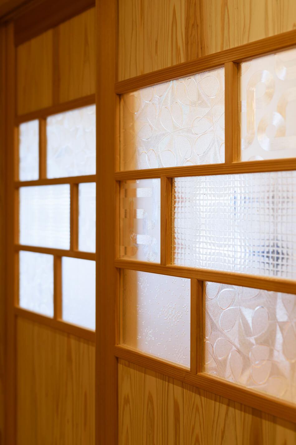 木の家|福岡の新築建築事例|2階建|4LDK|ドア|エコワークス|CASE-18|内観08