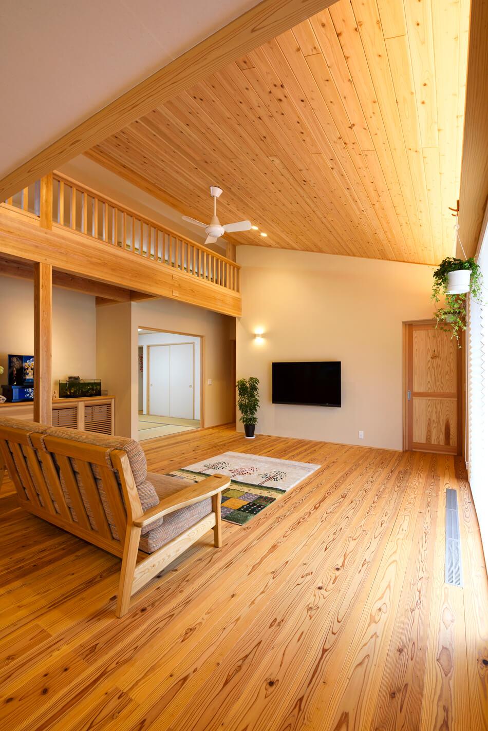 木の家|福岡の新築建築事例|平屋|3LDK+ロフト|リビング|エコワークス|CASE-20|内観03