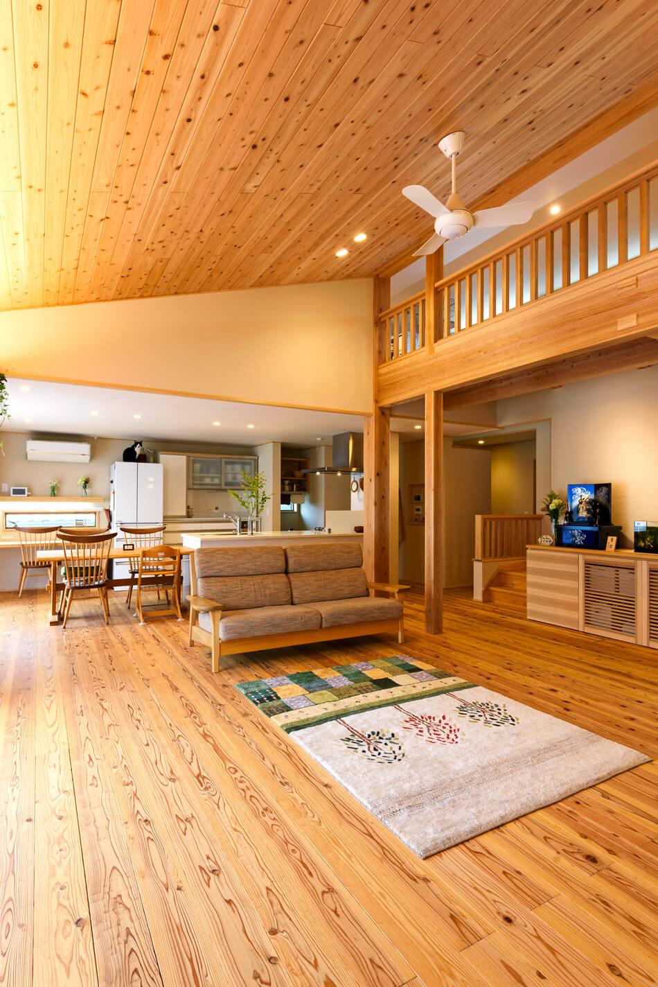 木の家|福岡の新築建築事例|平屋|3LDK+ロフト|リビング|エコワークス|CASE-20|内観07