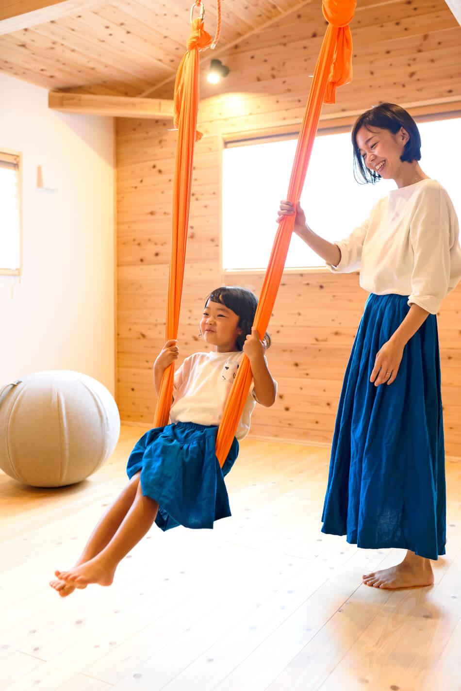 木の家|福岡の新築建築事例|2階建|2LDK|フリースペース|エコワークス|CASE-21|内観05