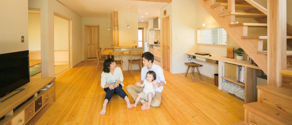 木の家|福岡の新築建築事例|2階建|4LDK|リビング|エコワークス|CASE-01|内観03