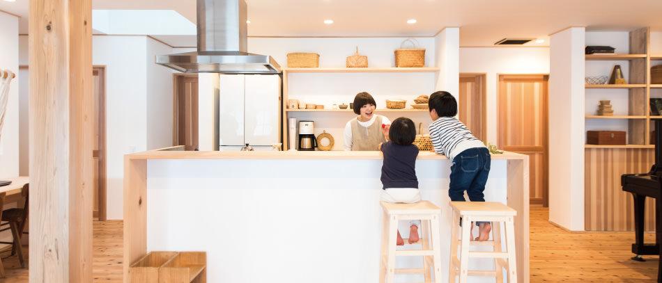 木の家|福岡の新築建築事例|平屋|3LDK|リビング|エコワークス|CASE-02|内観01