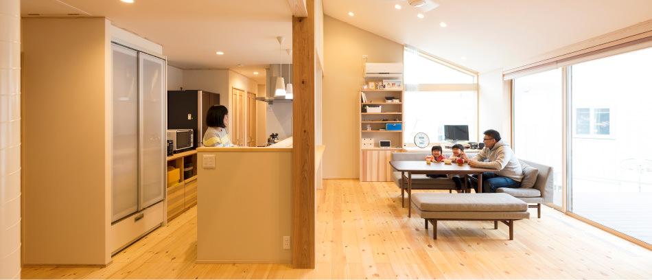 木の家|福岡の新築建築事例|平屋|2LDK|リビング|エコワークス|CASE-10|内観03