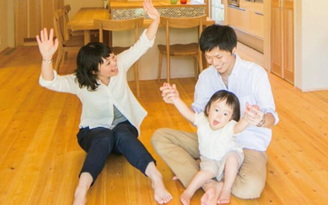 木の家|福岡の新築建築事例|2階建|4LDK|家族の想いがたくさん詰まった本物の木でつくる理想のわが家|エコワークス|CASE-01