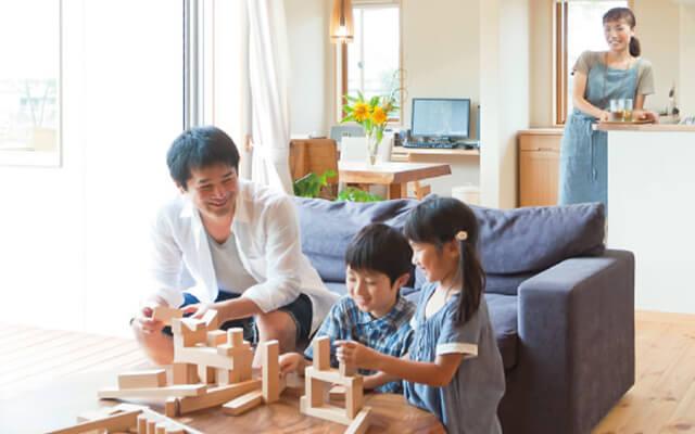 木の家|福岡の新築建築事例|2階建|4LDK|木の魅力、自然の魅力、家族の笑顔家は大切なものに気づかせてくれる|エコワークス|CASE-05