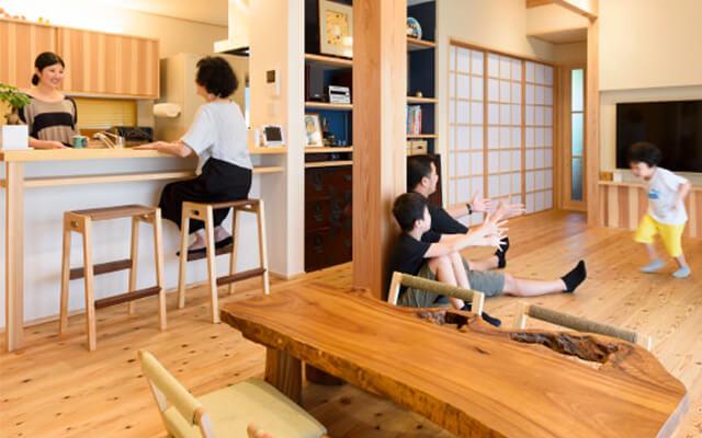 木の家|福岡の新築建築事例|2階建|5LDK|楽しかった家づくりの思い出わが家のすべてが愛おしい|エコワークス|CASE-11