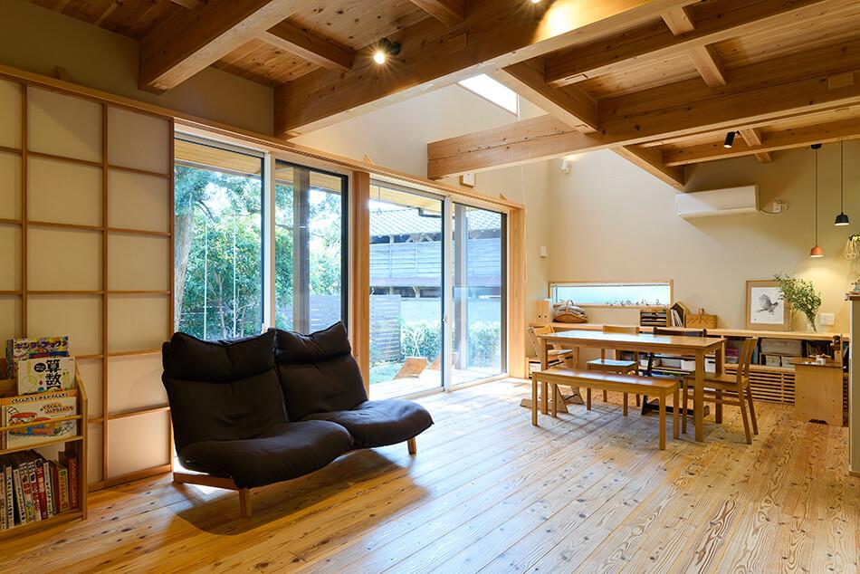 木の家|福岡の新築建築事例|2階建|4LDK|リビング|エコワークス|CASE-22|内観03