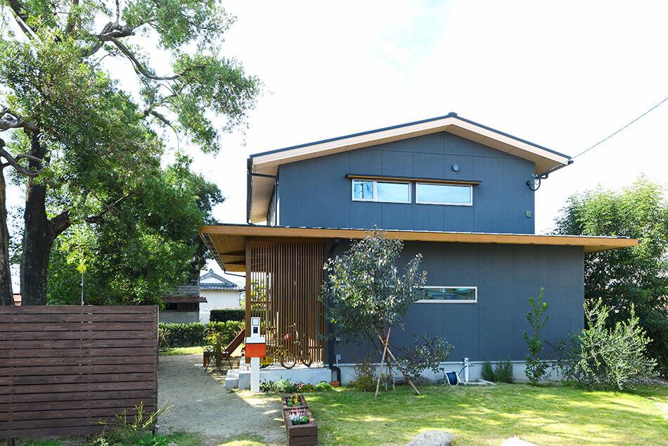 木の家|福岡の新築建築事例|2階建|4LDK|外観|エコワークス|CASE-22|外観11