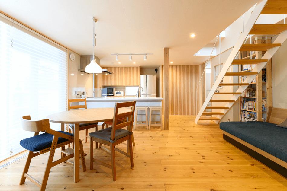 木の家|福岡の新築建築事例|2階建|3LDK|リビング|エコワークス|CASE-24|内観03