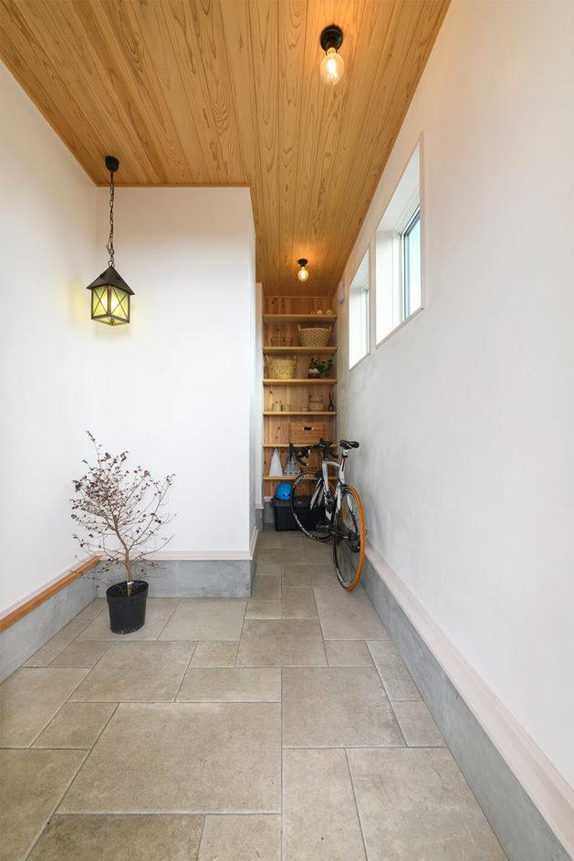 木の家|福岡の新築建築事例|平屋|2LDK|エコワークス|CASE-26|玄関